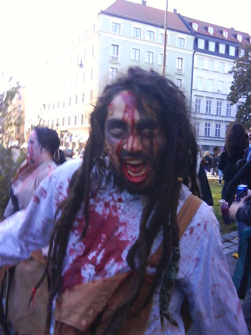 Zombi sueco,  el muerto de mentira que roba la  antención de las sociedades democráticas como la sueca. Foto. Germán Díaz